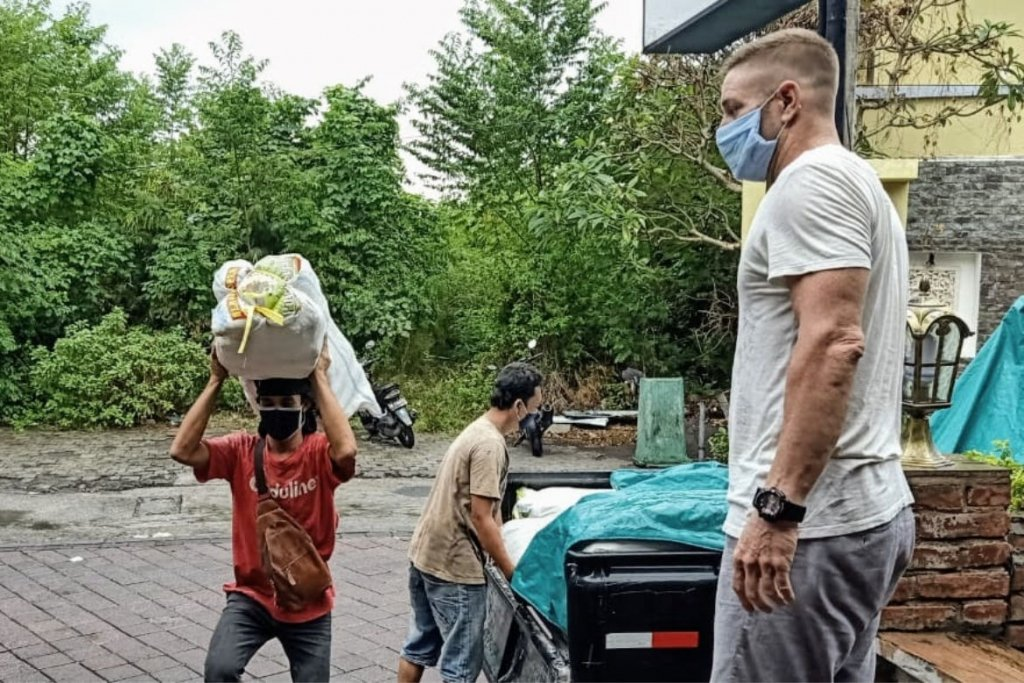 Unloading Supplies - Bali Musicians Appeal